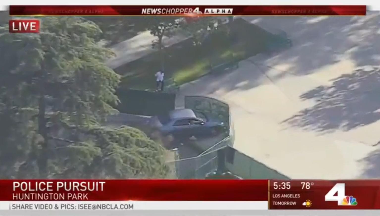 REPLAY: Dangerous police pursuit near Los Angeles - BNO News