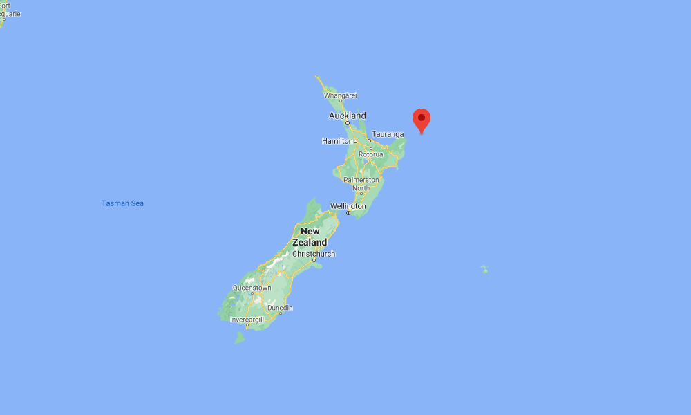 New Zealand officials warn coastal residents of possible tsunami threat after natural disaster